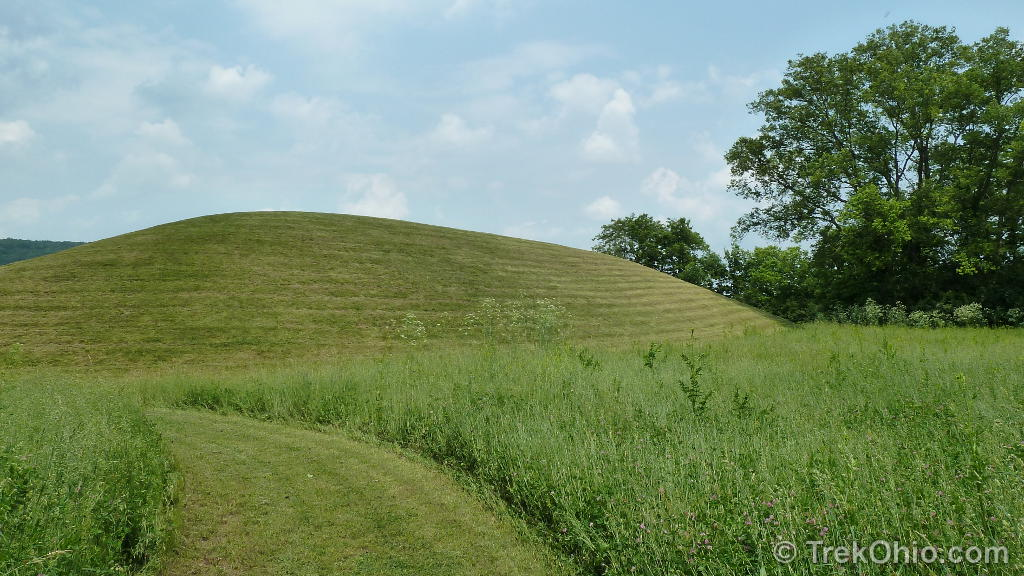 Hopewell culture national historical park seip mound for Mounding grass