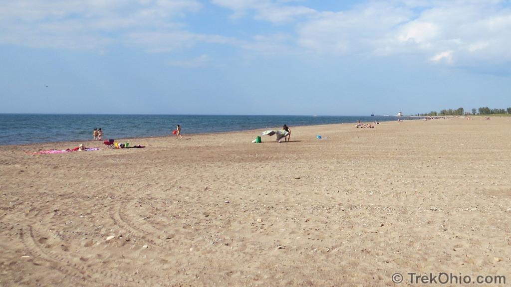 20140608_headlands-beach-spreading-out-beach-blanket_img-2303
