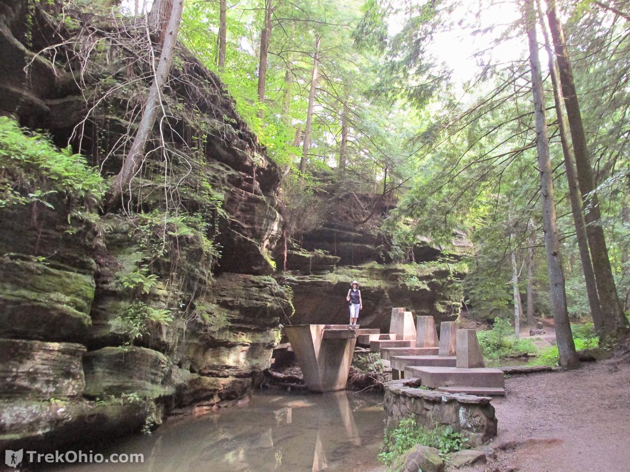 Man Caves Englewood : Hocking hills state park old man s cave cedar falls loop hike